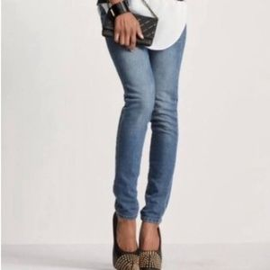 Women's - CAbi Ruby Skinny Jeans #319, Size 2